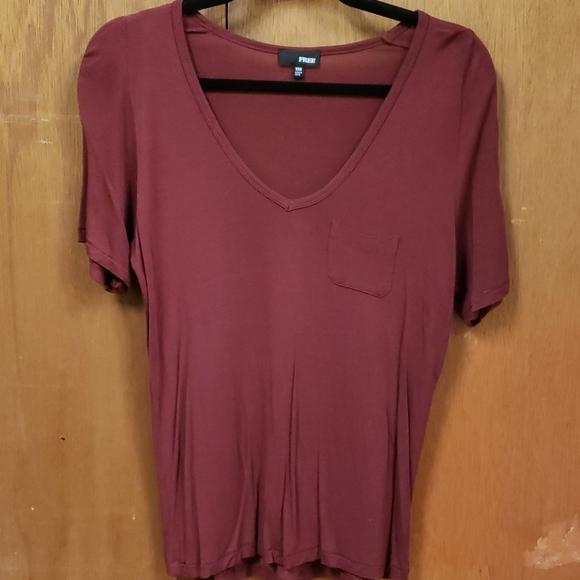Aritzia Short Sleeve V Neck T Shirt